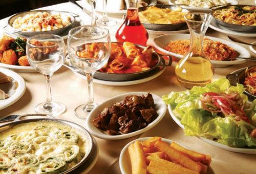 Mesa Farta do Restaurante Madalosso