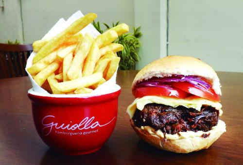sanduiche_gourmand-33_guiolla-hamburgueria-gourmet_virgula-marketing