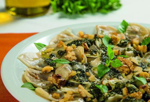 vegetariano_tortei-de-berinjela-ao-pesto_originale-cucina-e-pizzeria_hugo-haradagazeta-do-povo