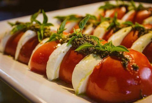 Salada Caprese do Anis Presto